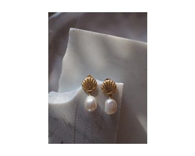 Melly Pearl Earrings