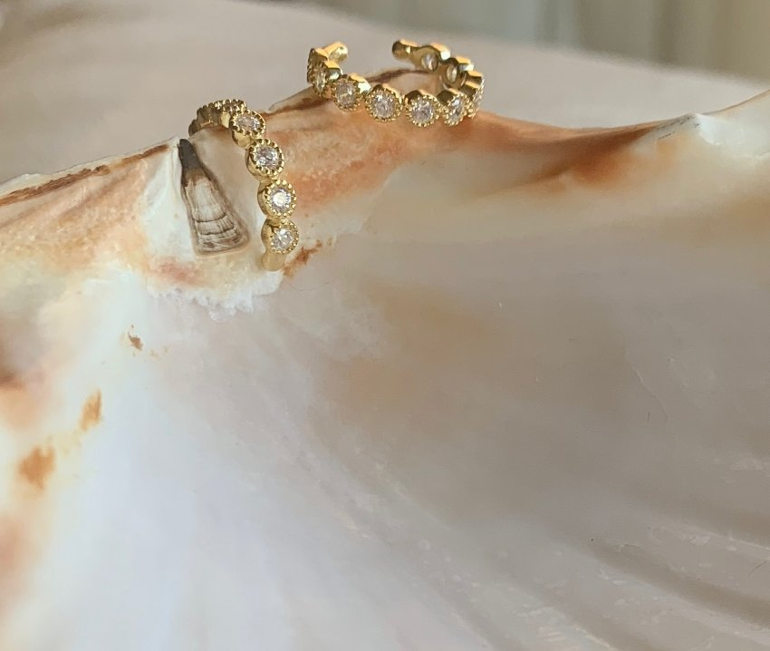 GOLD CRYSTAL FAKE CUFF